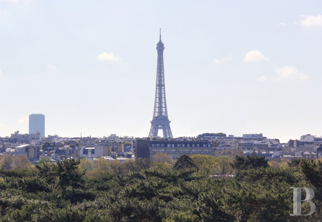 appartments for sale - paris - A flat facing the Bois-de-Boulogne, with a view of the Eiffel Tower  and the LVMH Foundation building, on one of Neuilly-sur-Seine's famous avenues