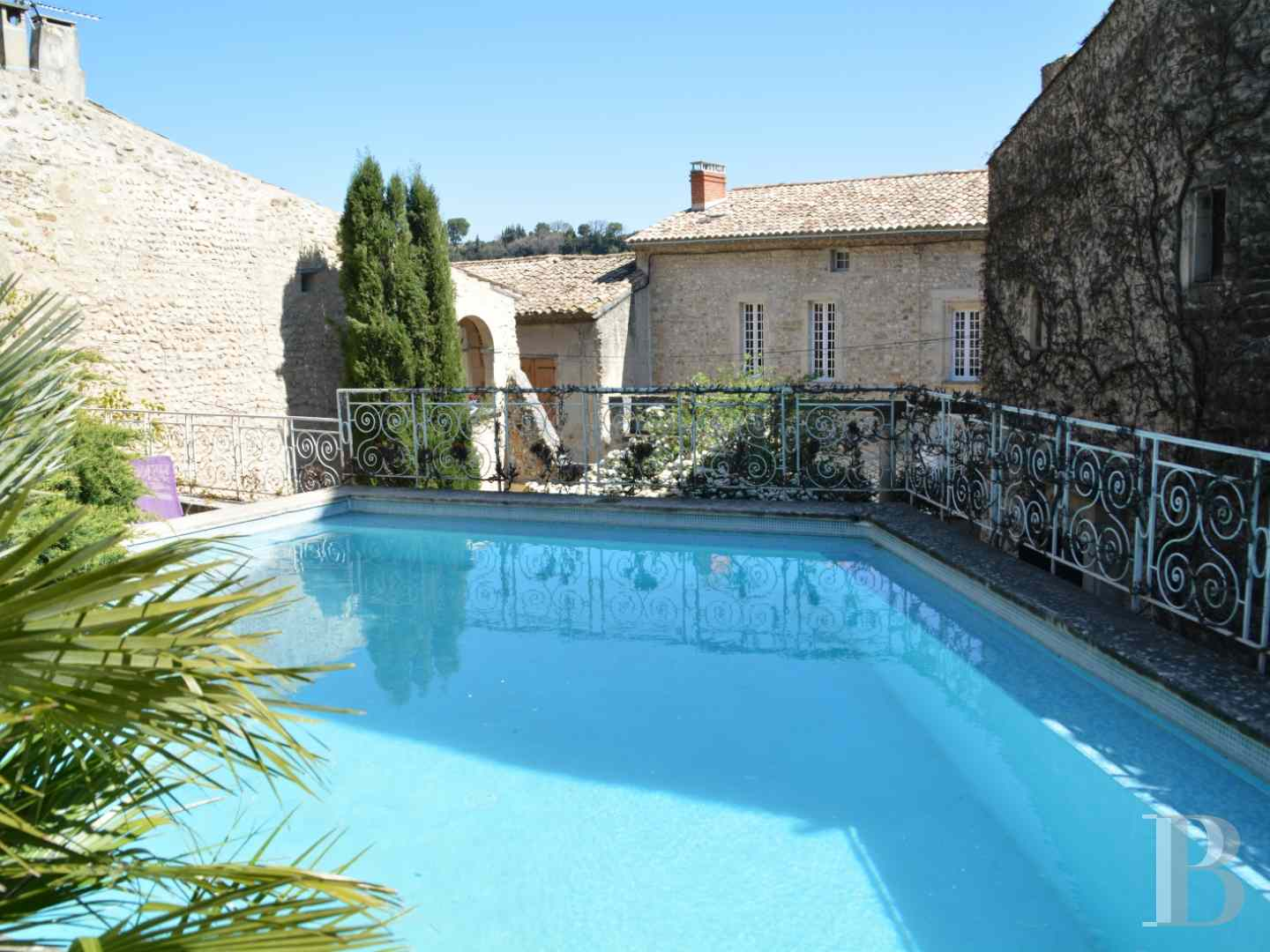 mansion houses for sale France provence cote dazur mansion houses - 13 zoom