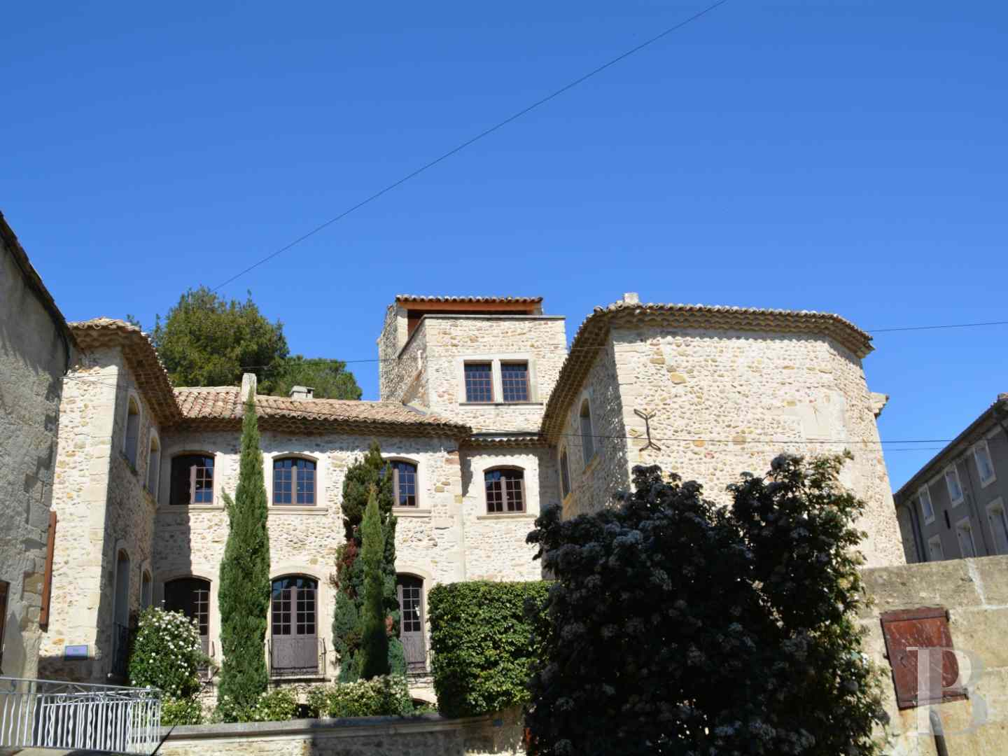 mansion houses for sale France provence cote dazur mansion houses - 1 zoom