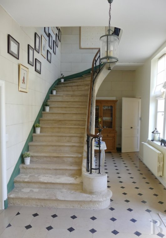 mansion houses for sale France poitou charentes   - 10