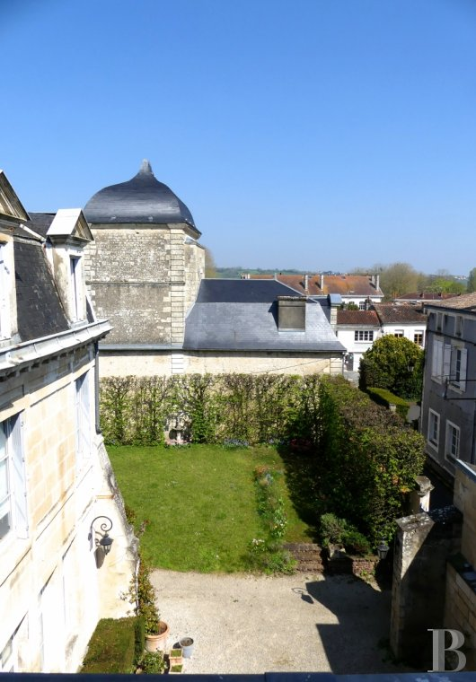 mansion houses for sale France poitou charentes   - 3