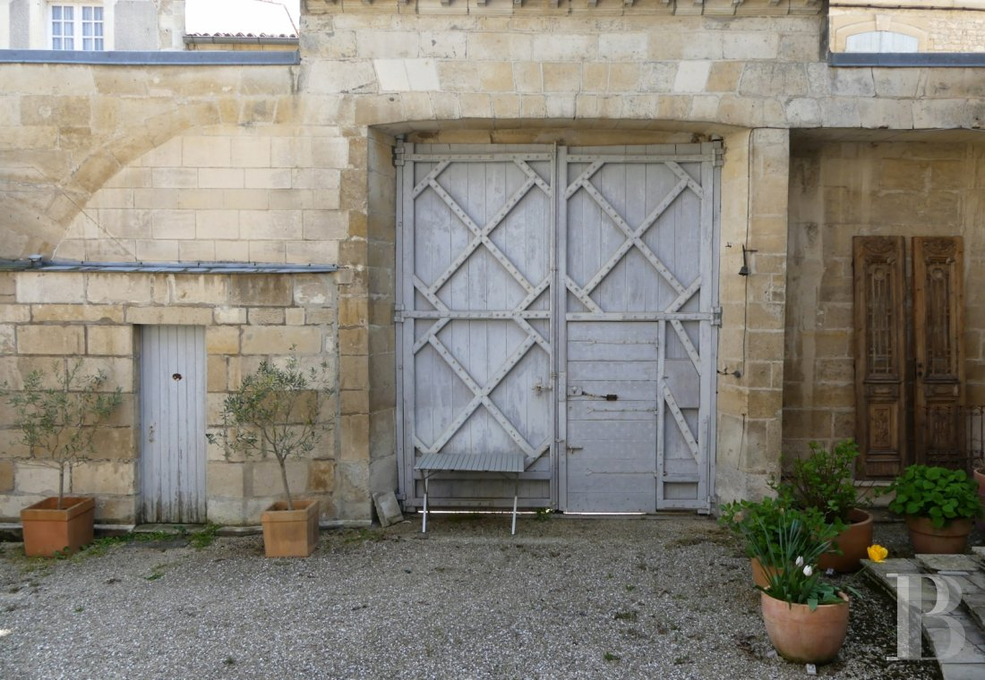 mansion houses for sale France poitou charentes   - 15