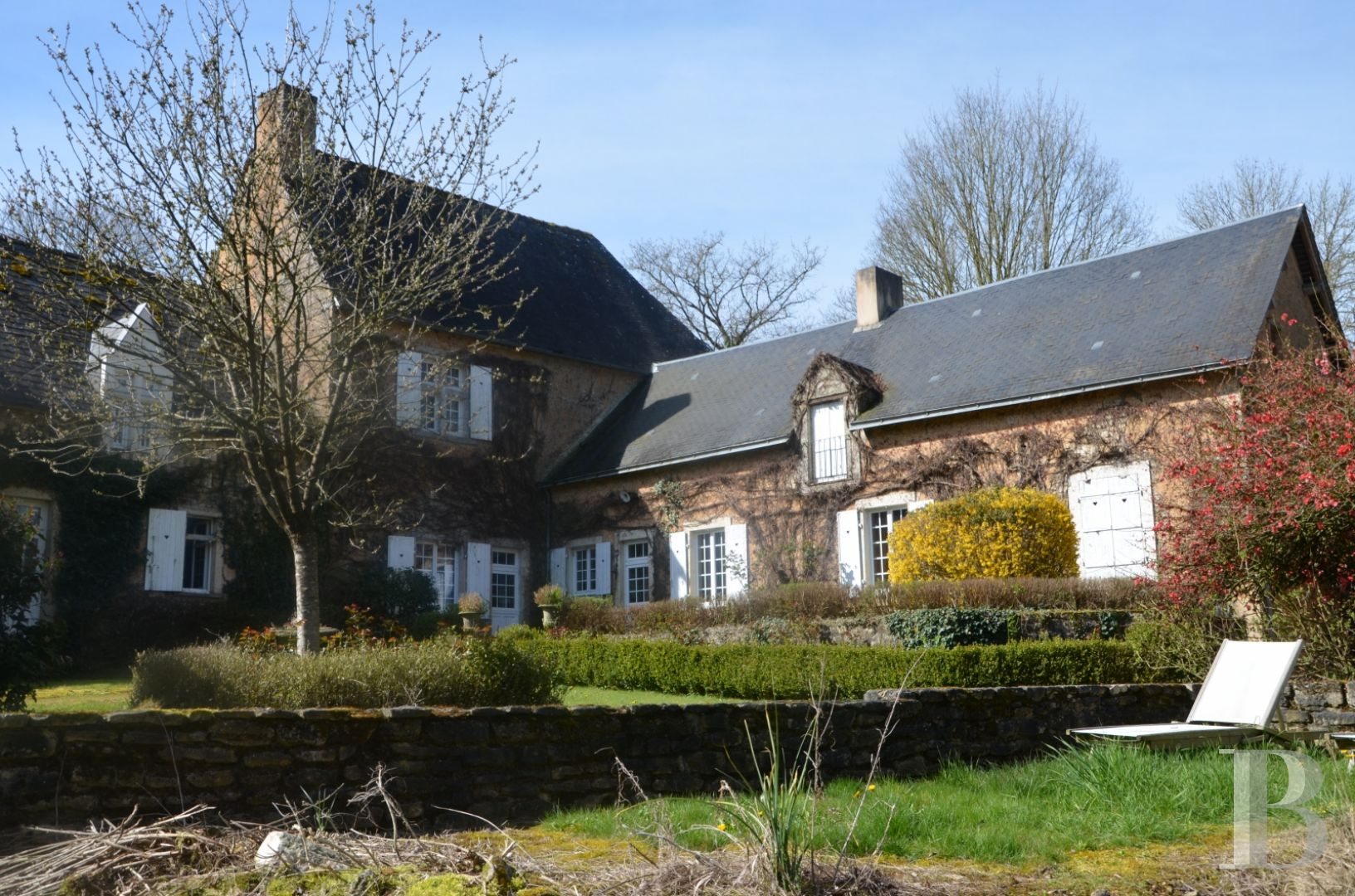France mansions for sale pays de loire manors equestrian - 1 zoom