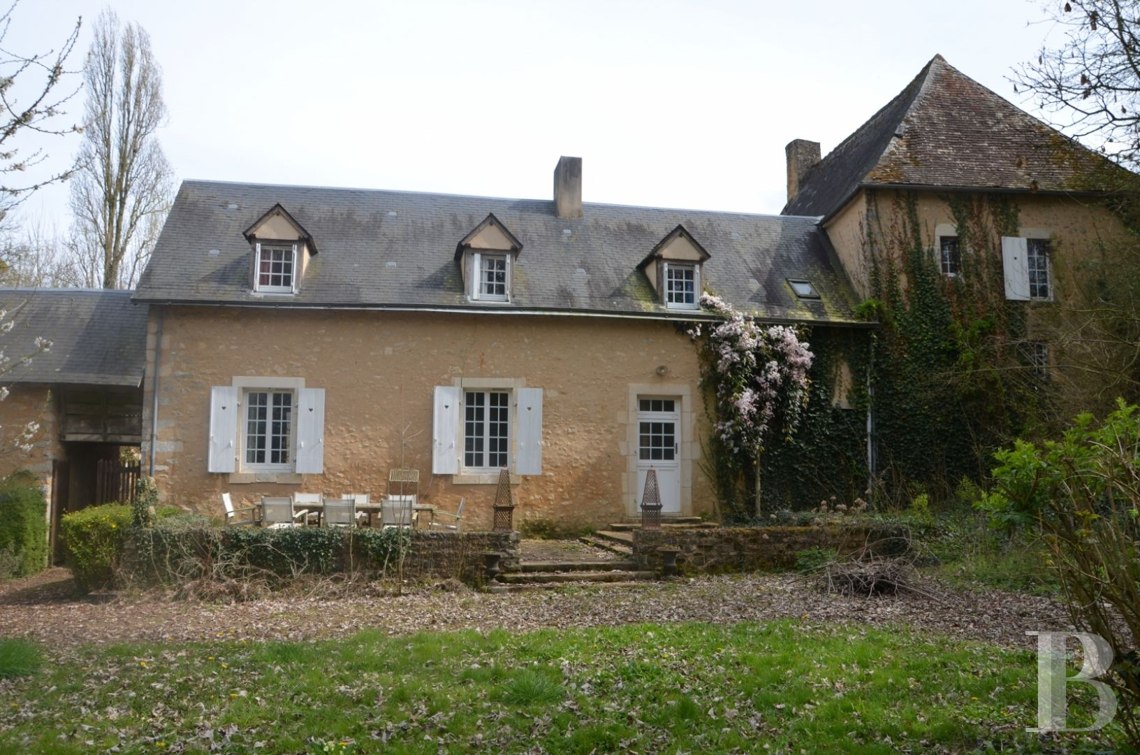 France mansions for sale pays de loire manors equestrian - 7 zoom