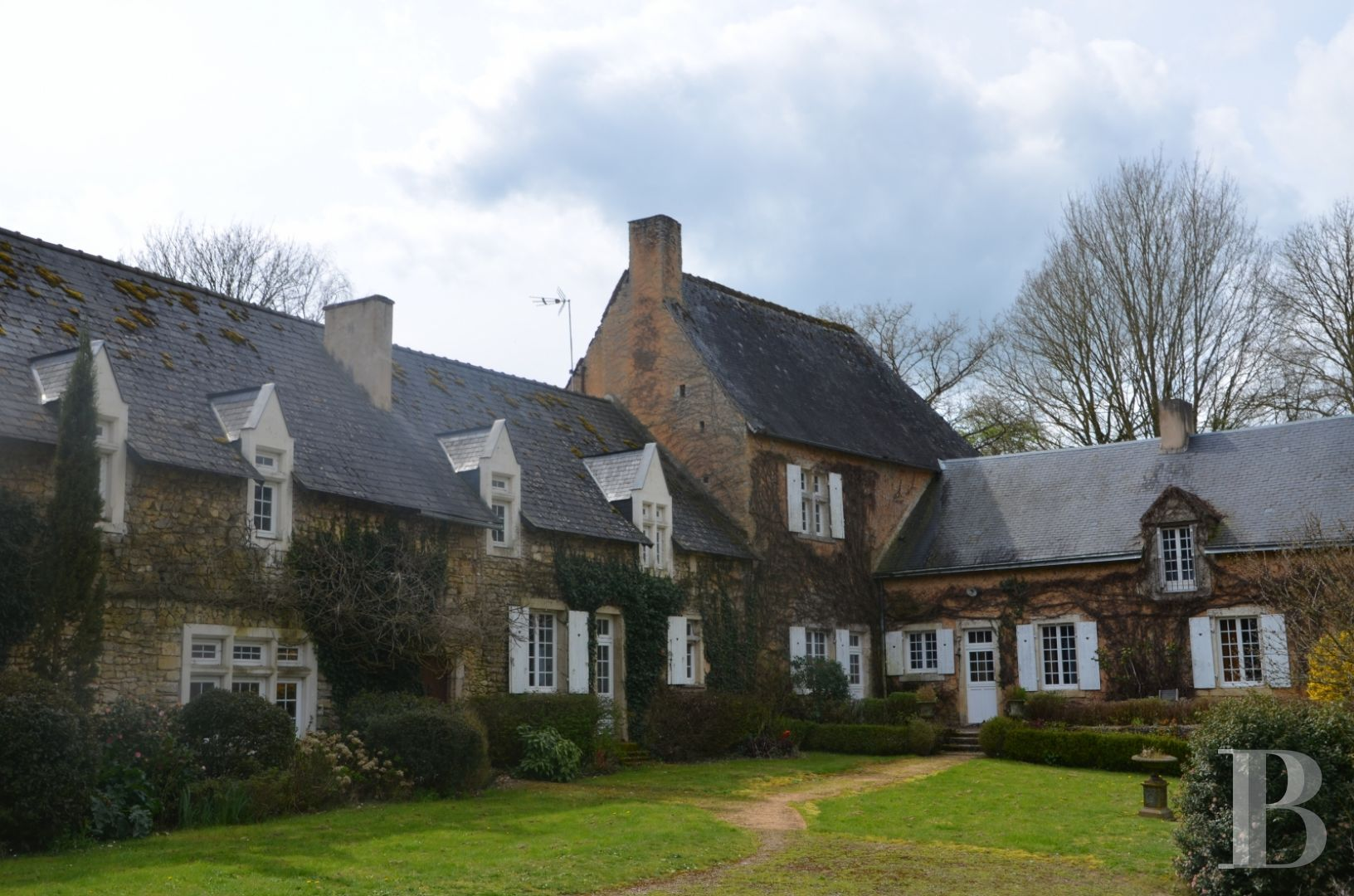 France mansions for sale pays de loire manors equestrian - 2 zoom