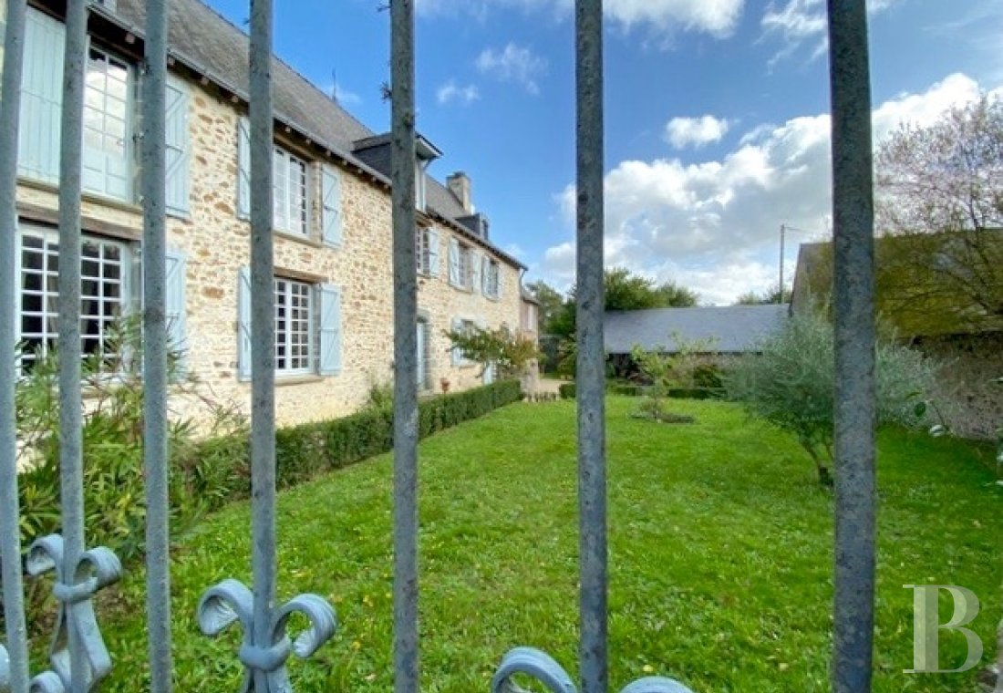 France mansions for sale pays de loire manors for - 9
