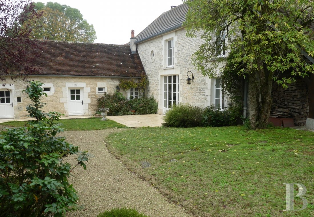 french farms for sale burgundy   - 1