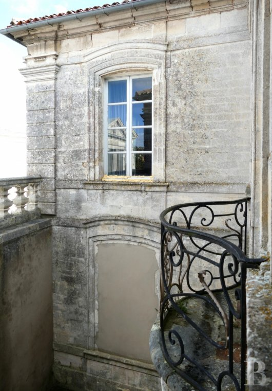 mansion houses for sale France poitou charentes mansion houses - 10
