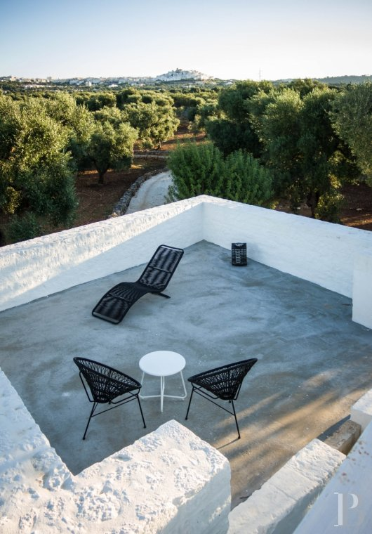 A «masseria» with guest rooms in the middle of an olive grove in Puglia, not far from Ostuni - photo  n°21