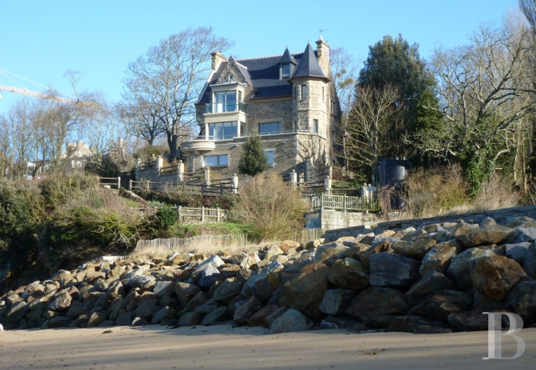 properties with sea view brittany   - 1