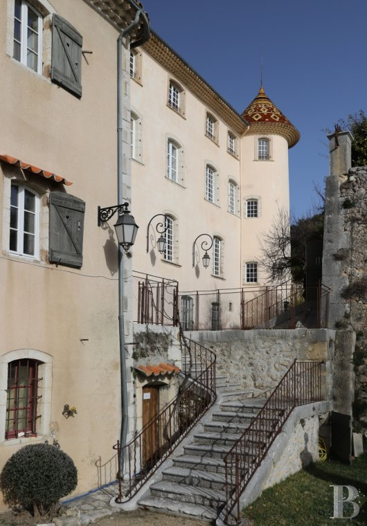 chateaux for sale France provence cote dazur castles chateaux - 2