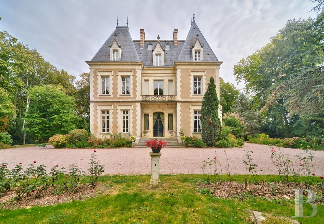 chateaux for sale France burgundy   - 2