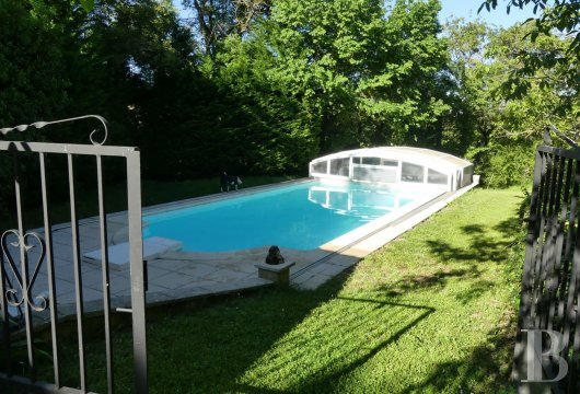 chateaux for sale France midi pyrenees   - 17