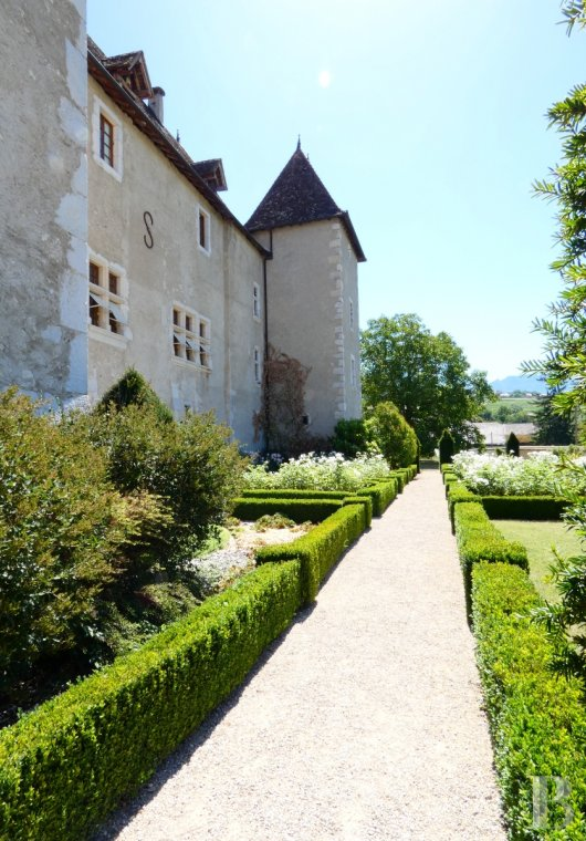chateaux for sale France rhones alps castles chateaux - 4
