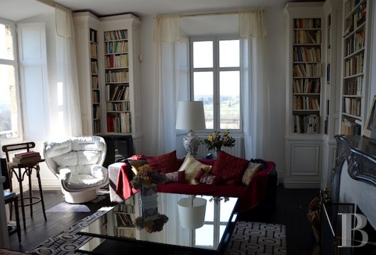 chateaux for sale France center val de loire fortress bourbonais - 8 mini