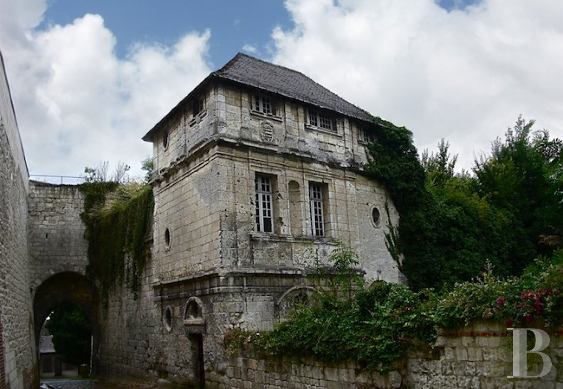 castles for sale France picardy historic buildings - 8