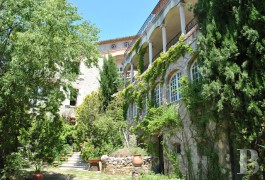 Castles / chateaux for sale - provence-cote-dazur - Near to Bandol, a 900 m² (9,687 sq ft) village chateau with panoramic seaview to be restored