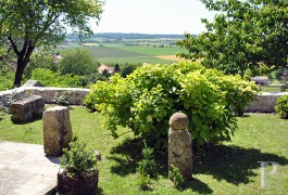 Village houses for sale - poitou-charentes - In the French department of Charente, a small village house