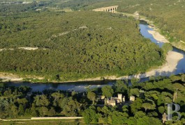 Castles / chateaux for sale - languedoc-roussillon - A large historic estate on a listed site in the shadow of the arches of the Pont du Gard