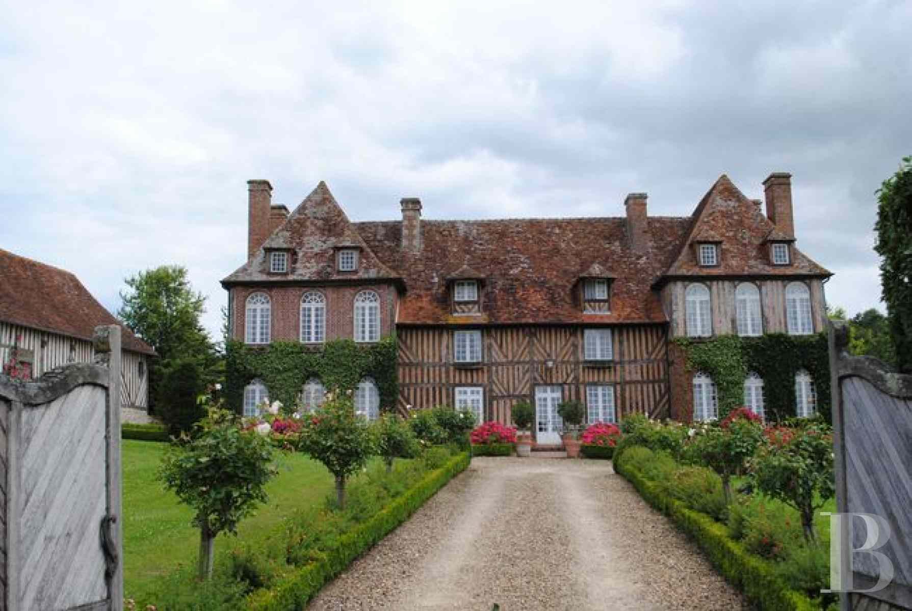 France mansions for sale lower normandy property for - 11 zoom