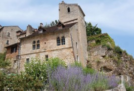 Village houses for sale - midi-pyrenees - In Saint-Cirq Lapopie, house of the 12th and 13th C., André Breton former residence