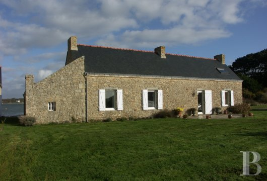 character properties France brittany property for - 3 mini