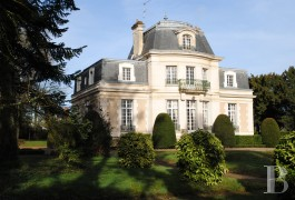 Residences for sale - center-val-de-loire - An early 20th century, large luxurious home and its outbuildings  near to Tours