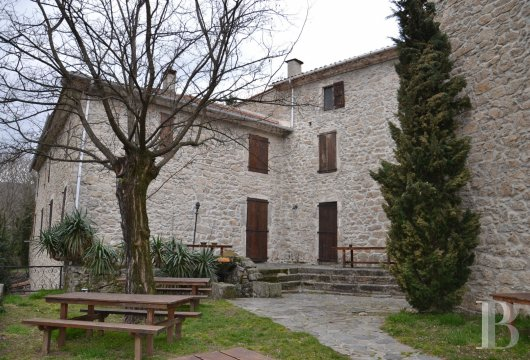 character properties France languedoc roussillon estate cevennes - 6