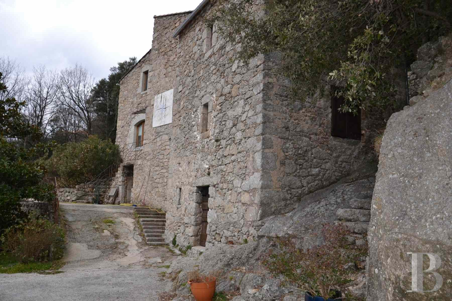 character properties France languedoc roussillon estate cevennes - 9 zoom