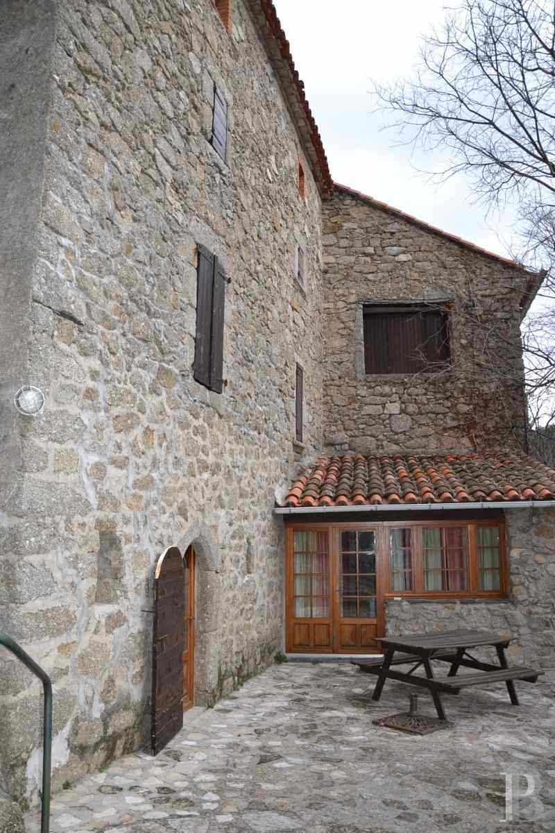 character properties France languedoc roussillon estate cevennes - 4 zoom