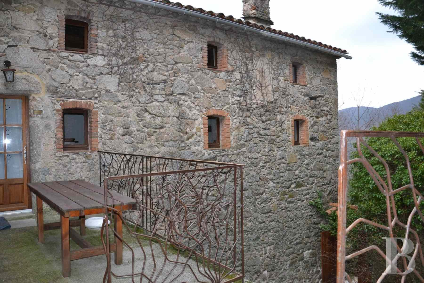 character properties France languedoc roussillon estate cevennes - 3 zoom