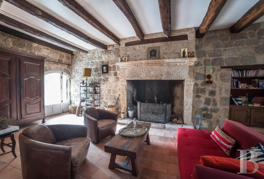 chateaux for sale France aquitaine property tower - 5