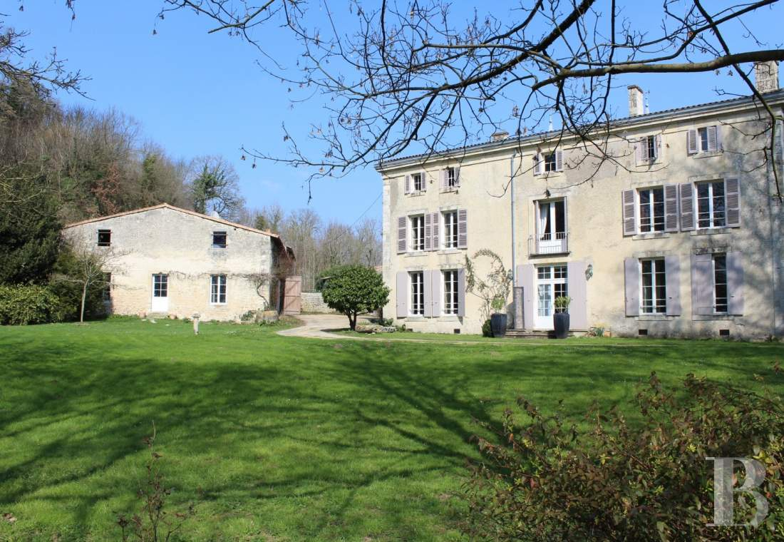 property for sale France poitou charentes   - 1