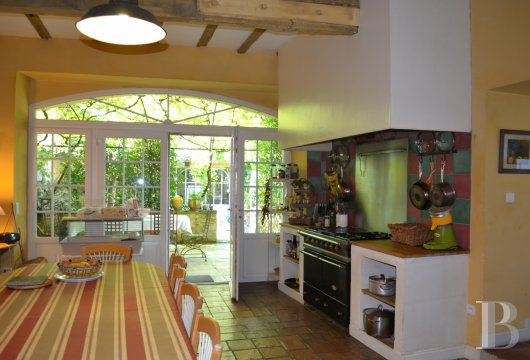 property for sale France midi pyrenees town centre - 7 mini