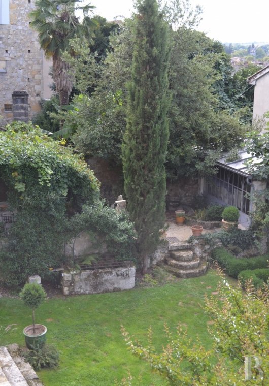 property for sale France midi pyrenees town centre - 17