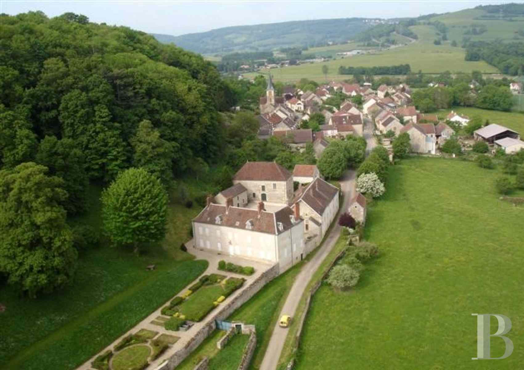 french equestrian properties for sale burgundy property view - 1 zoom