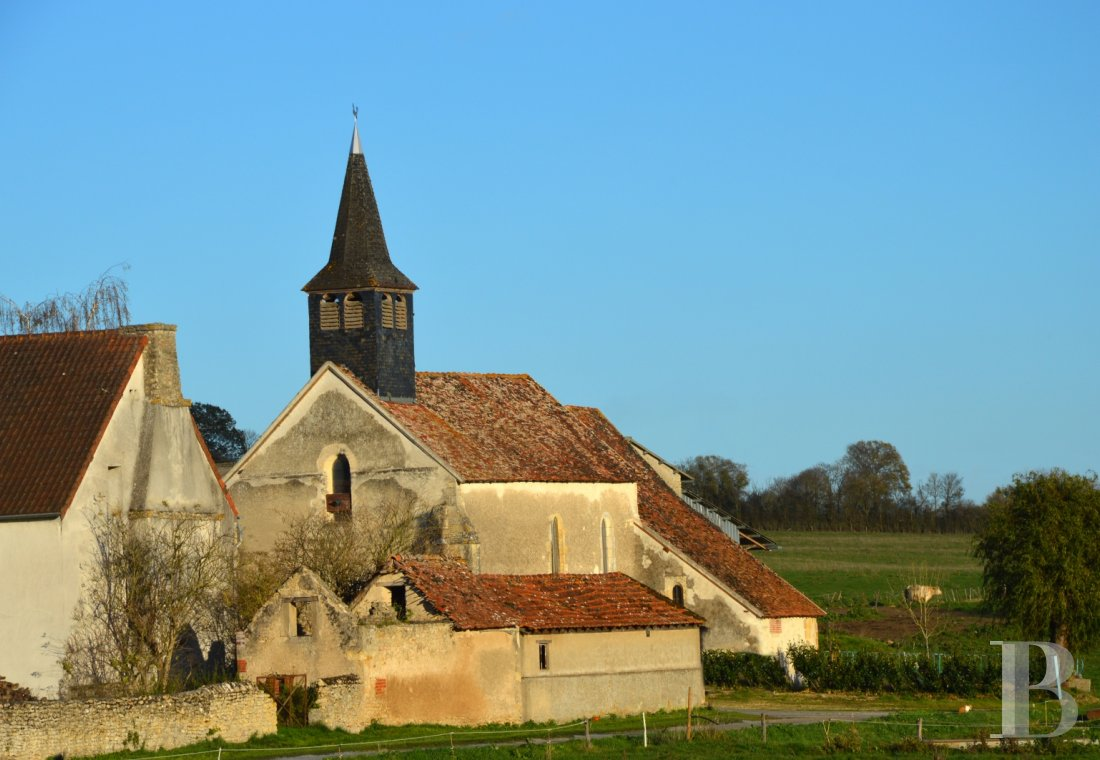 monastery for sale France center val de loire church chapel - 1