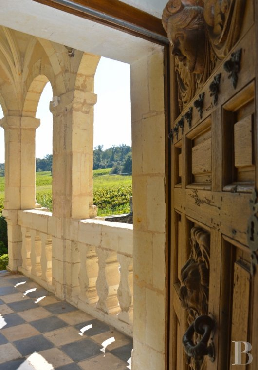 fA renaissance manor with classified gardens not far from the Loire in Anjou - photo N°12