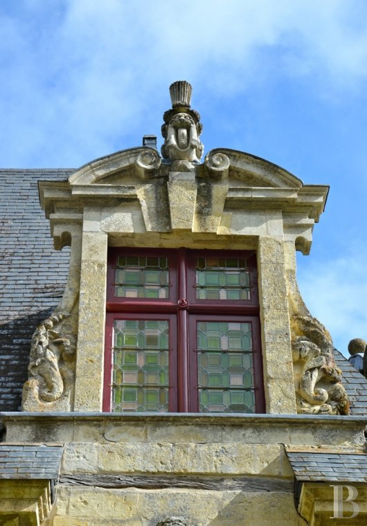 fA renaissance manor with classified gardens not far from the Loire in Anjou - photo N°2