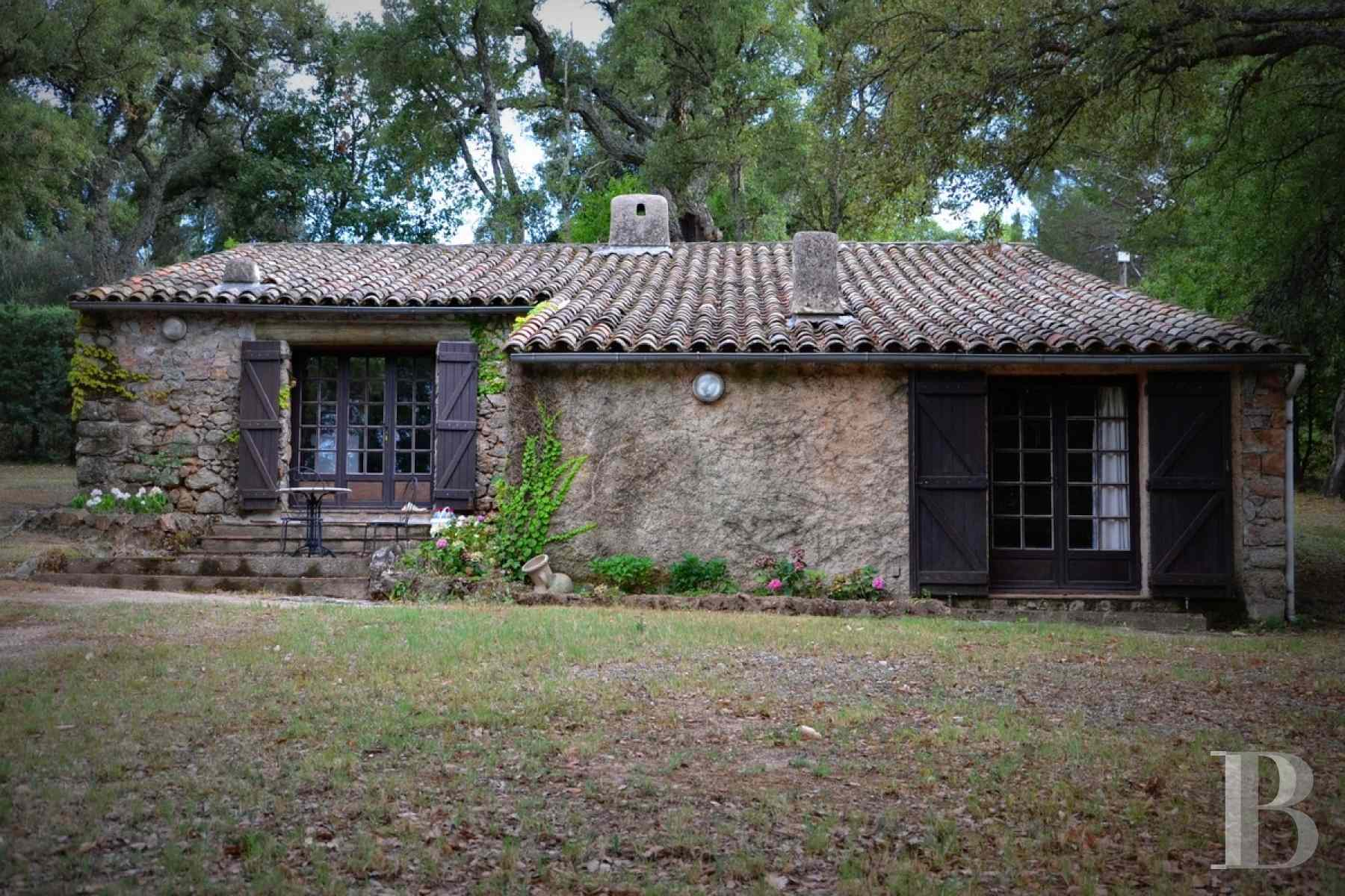 character properties France provence cote dazur sainte maxime - 4 zoom