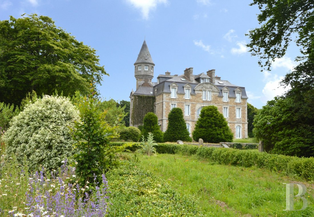 chateaux for sale France brittany   - 1