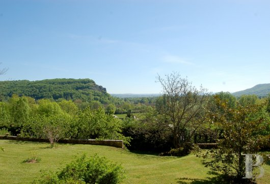 fA chateau with terraces overlooking the Dordogne Valley between Brive, Rocamadour and Sarlat - photo  n°9