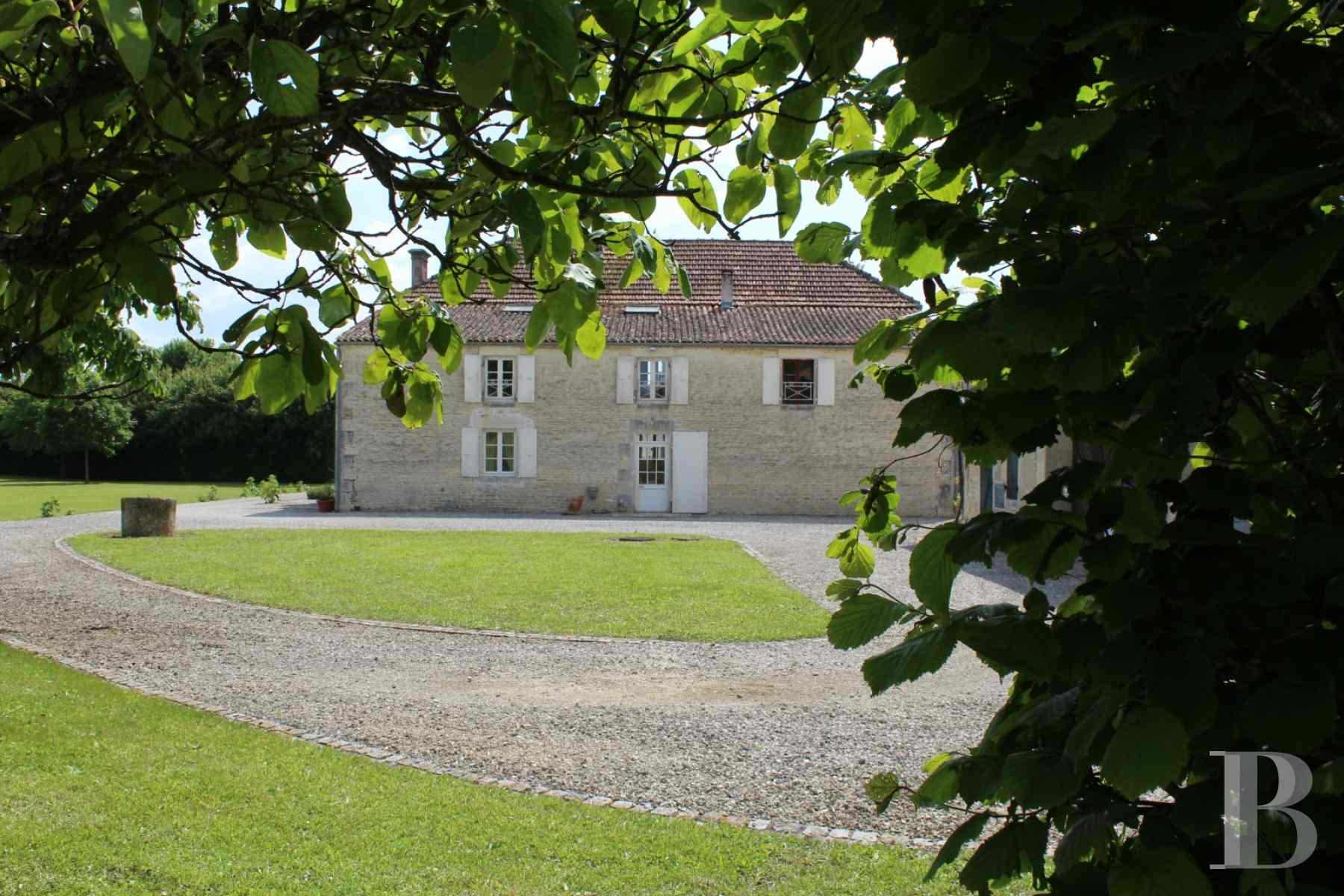 french farms for sale poitou charentes 19th century - 2 zoom