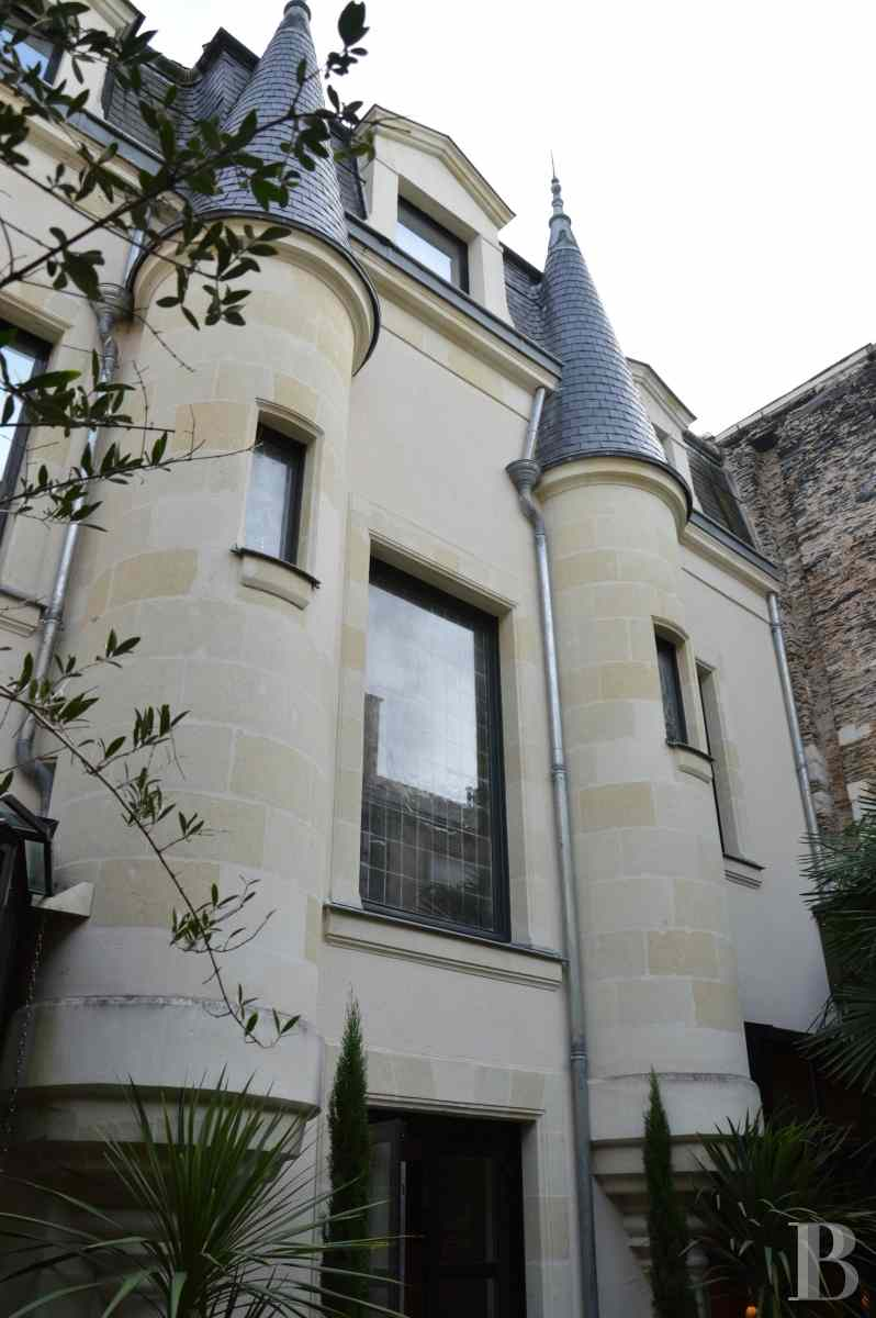 property for sale France pays de loire angers property - 1 zoom