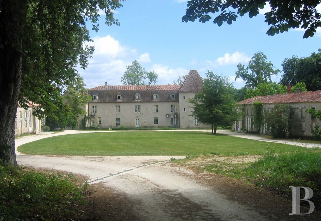 chateaux for sale France poitou charentes angouleme listed - 2