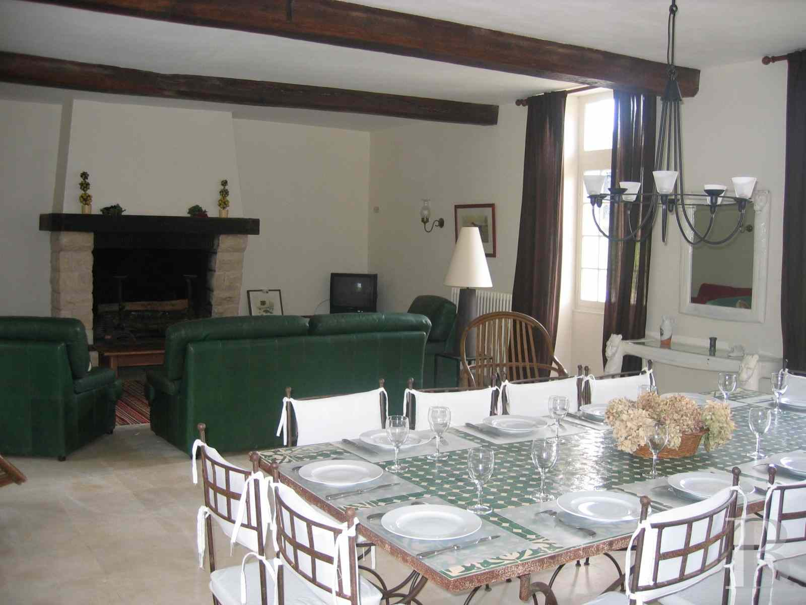 chateaux for sale France poitou charentes angouleme listed - 9 zoom