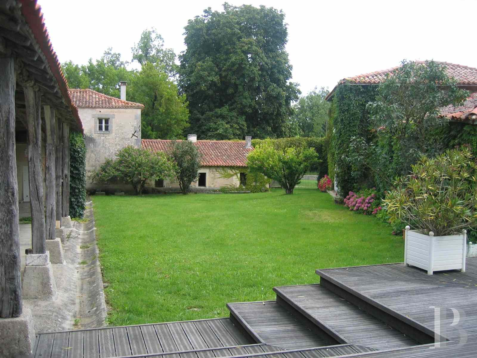 chateaux for sale France poitou charentes angouleme listed - 14 zoom