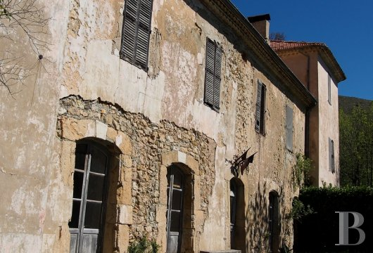 chateaux for sale France provence cote dazur chapel farm - 2 mini