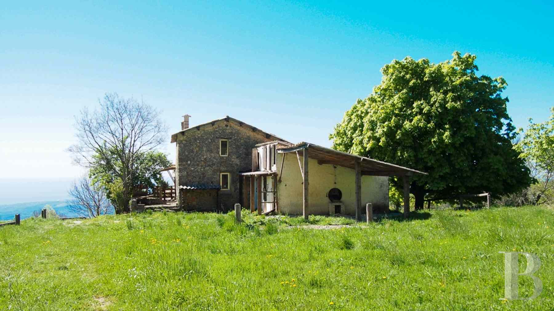 chateaux for sale France provence cote dazur chapel farm - 15 zoom