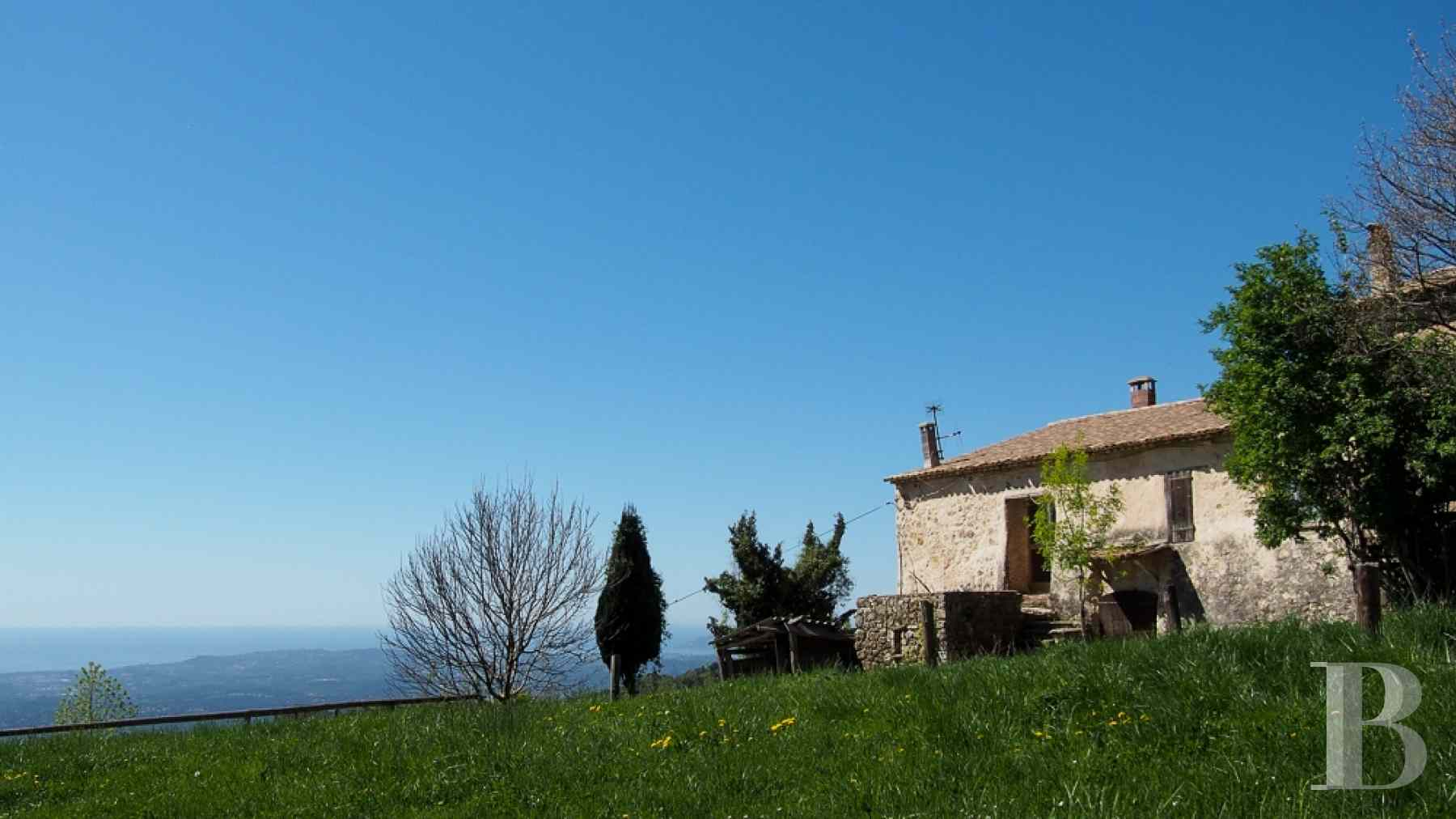 chateaux for sale France provence cote dazur chapel farm - 18 zoom